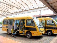 ônibus escolar 013